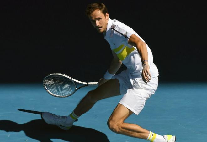 Daniil Medvedev a parfaitement maîtrisé Stefanos Tsitsipas ce vendredi à Melbourne - © Susa - Icon Sport