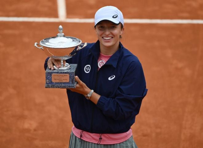 Iga Swiatek n'a laissé aucune chance à K. Pliskova en finale du tournoi de Rome - © Tecnifibre