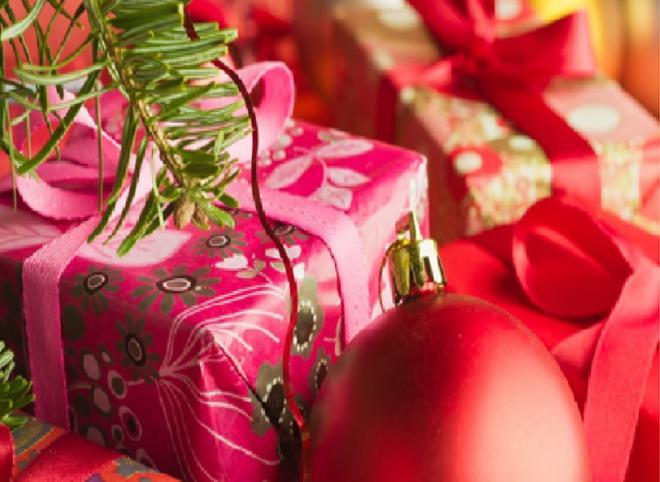 """Voici venu le temps des cadeaux de Noël. Tennisleader vous propose sa shopping list """"Spéciale Tennis"""" - © DR"""