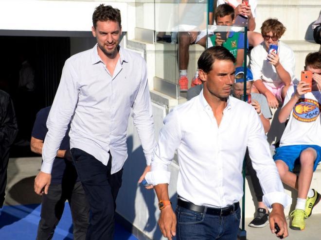 Rafael Nadal (1er plan à l'image) et Pau Gasol ont décidé d'agir pour lutter contre le Covid-19 - © DR