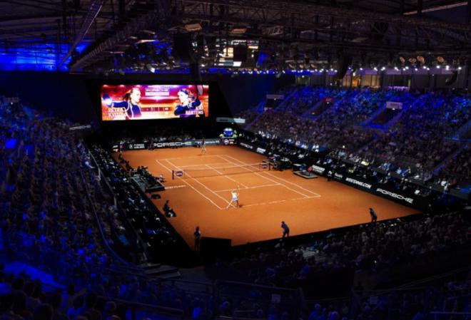 Le court central à Stuttgart - © DR